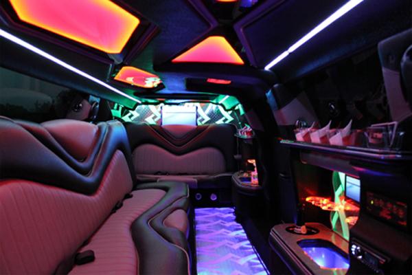 Chrysler 300 limo rental Austin