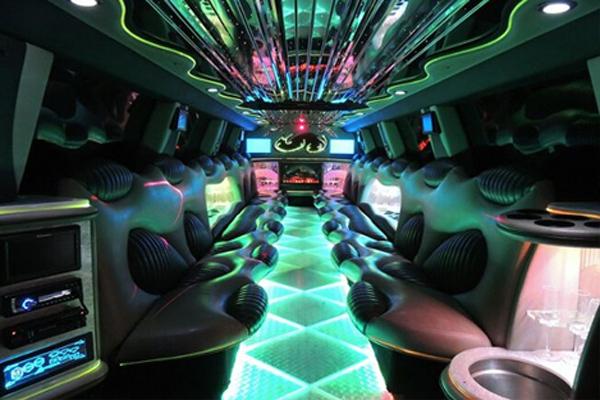 Hummer limo rental Austin
